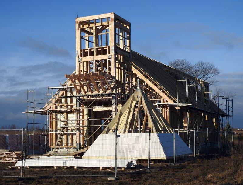 Startade att bygga katolska kyrkan, Litauen royaltyfria foton