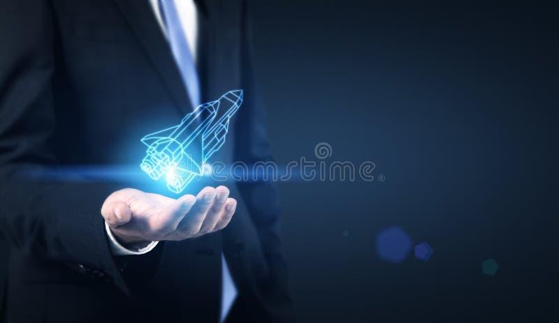 Startup человек концепции с ракетой стоковая фотография rf