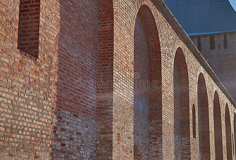Stary ściana z cegieł fortu rząd wysklepia perspektywicznego widok zdjęcia royalty free