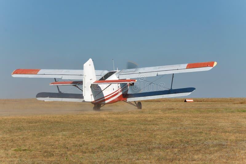 Stary śmigłowy biplan obrazy stock