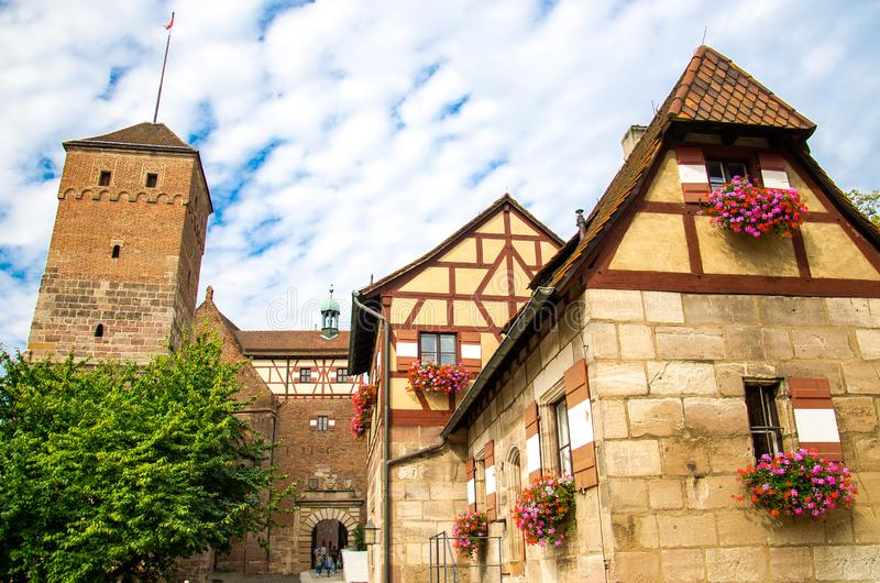 Stary średniowieczny grodowy Heathen Basztowy Kaiserburg, Nurnberg, Niemcy zdjęcie stock