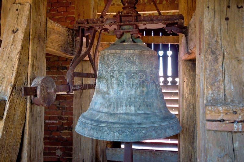 Stary żelazny kościelny wierza dzwon obraz stock