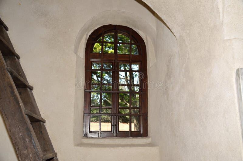 Stary żelazny okno fotografia stock