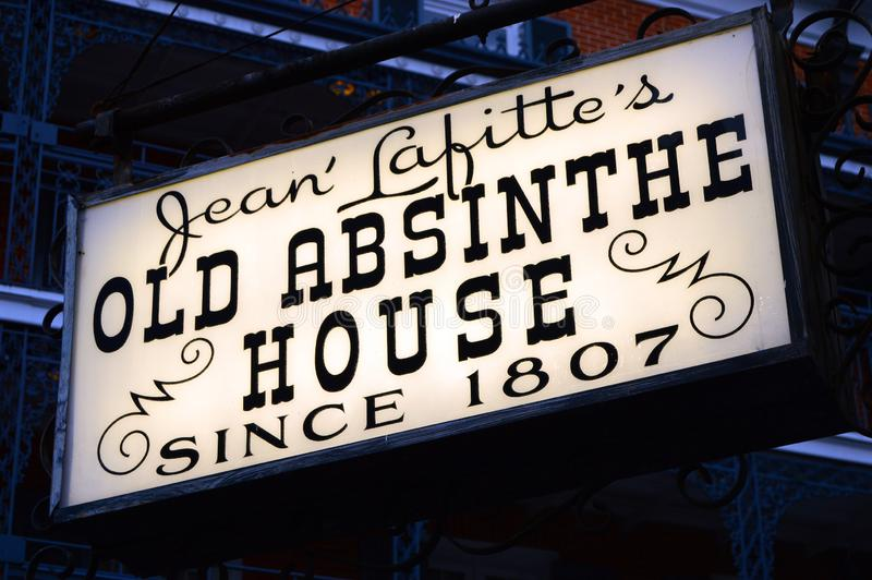 Stary absyntu dom, Nowy Orlean fotografia stock