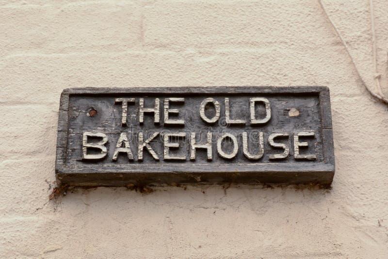 Stary Bakehouse znak na ścianie zdjęcia royalty free