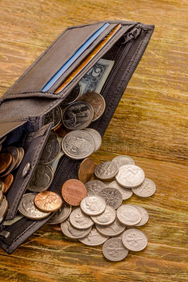 Stary banknot dwa USA dolara USA i porysowanych centy kłama w a obrazy royalty free