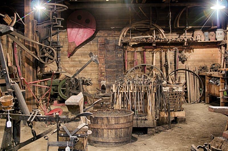 Stary Blacksmith sklep obrazy stock