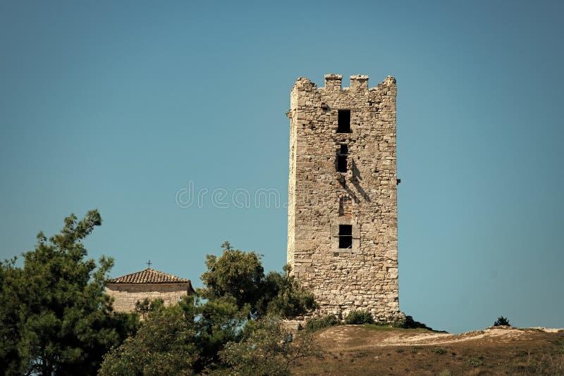 Stary budynek robić z cegieł lub kamieni, nieba tło Kulturalnego i architektonicznego dziedzictwa pojęcie starożytna świątynia obraz royalty free