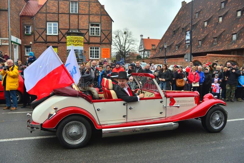 Stary cabrio samochód na paradzie obraz royalty free