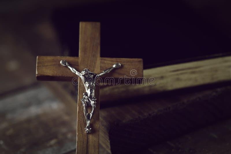 Stary chrześcijański krucyfiks fotografia stock