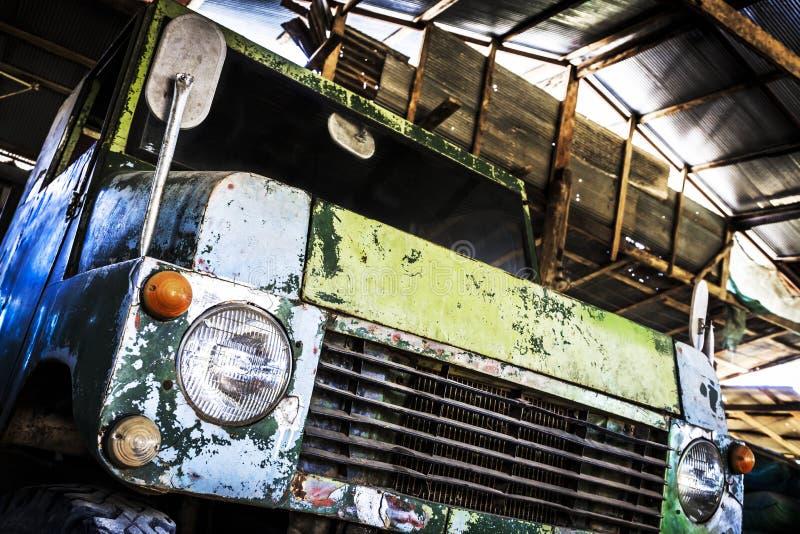 Stary ciężarowy samochód zdjęcia stock
