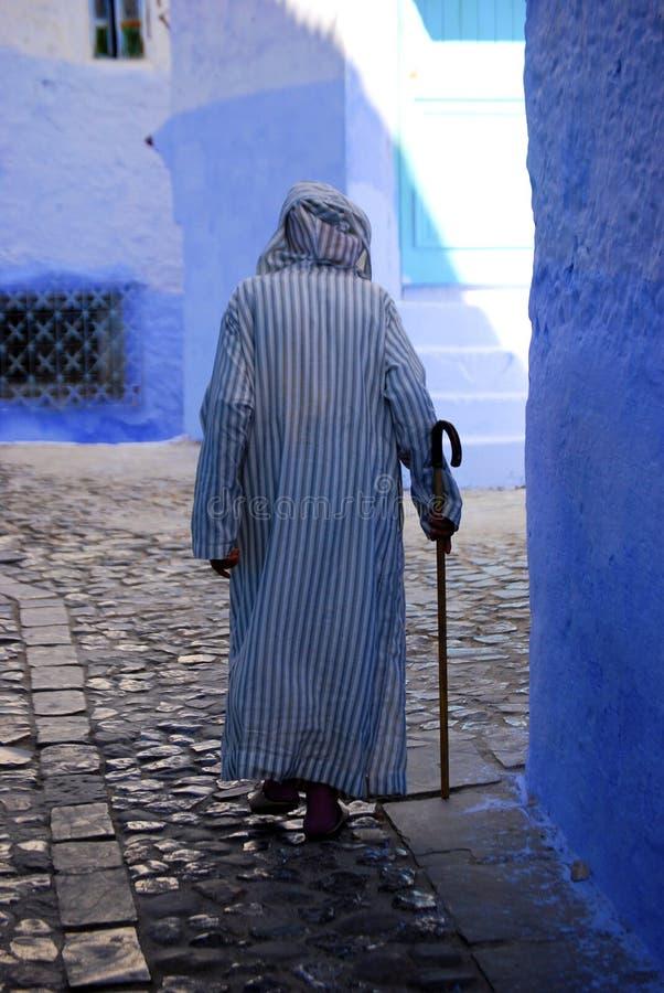 Stary Człowiek Jest ubranym Jalaba, Chefchaouen, Maroko zdjęcie royalty free