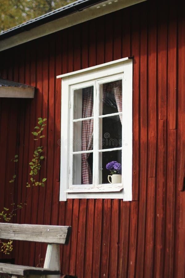 stary czerwone ?ciany okno zdjęcia royalty free