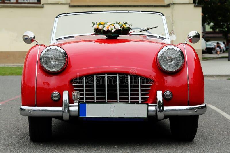 Stary czerwony samochód fotografia stock