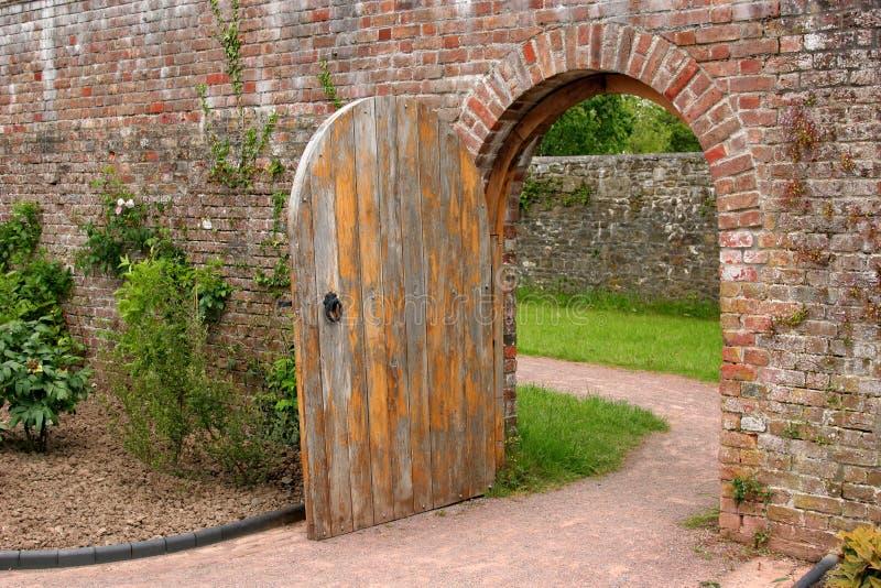 stary dębowy drzwi obrazy stock