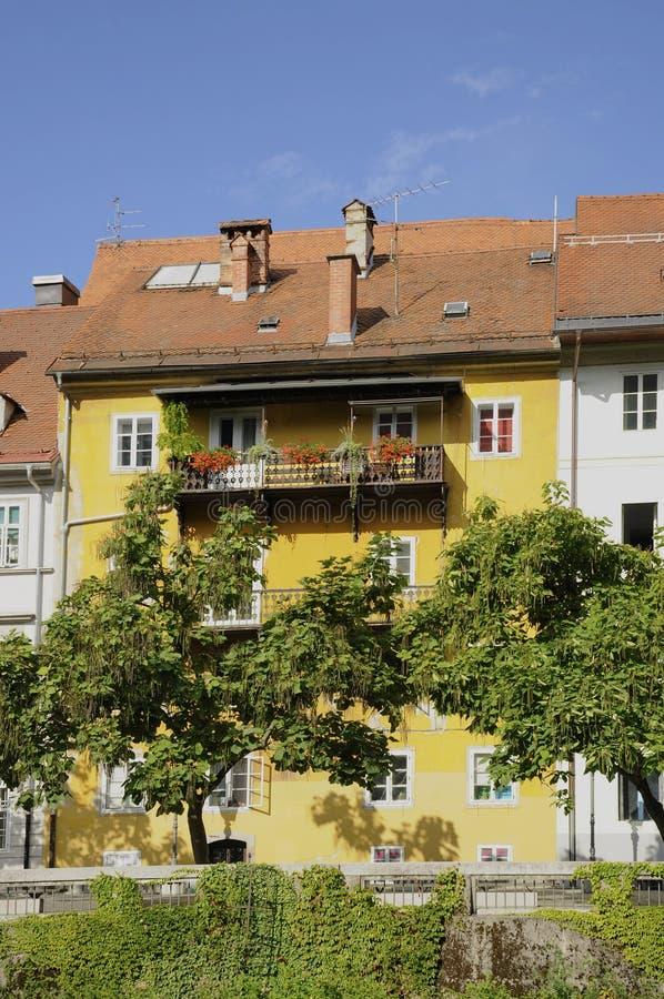 Stary dom rzecznym Ljubljanica, Ljubljana, Slovenia zdjęcia royalty free