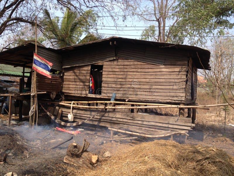 Stary dom w obszarach wiejskich Thailand obraz stock