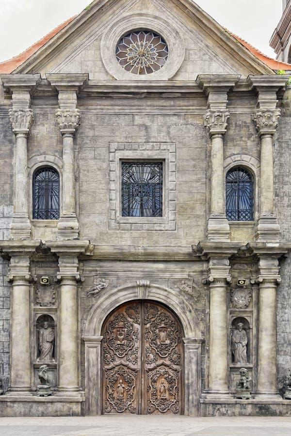 Stary drewniany Katolicki drzwi obrazy royalty free
