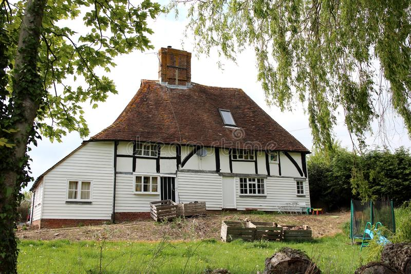 Stary drewniany mieszkaniowy dom fotografia stock