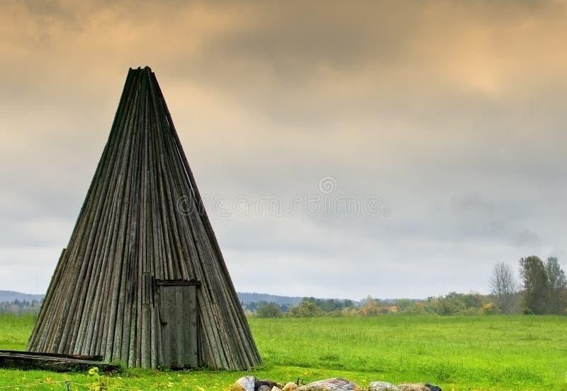Stary drewniany outhouse, Latvia fotografia stock