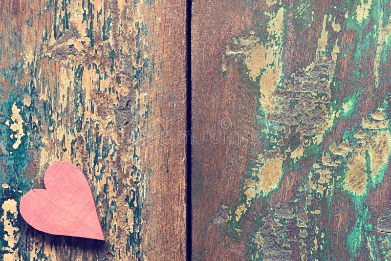 Stary drewniany serce obraz stock