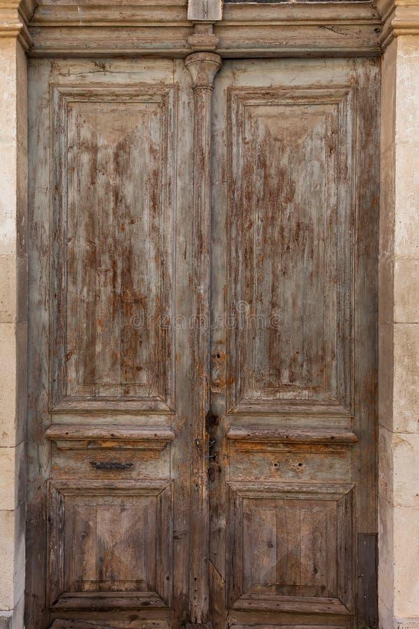 Stary drzwiowy drewniany rocznika antiq zdjęcie royalty free