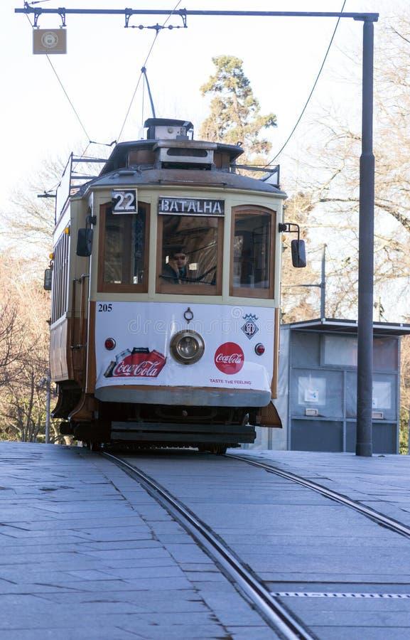 Stary dziejowy tramwaj, Porto, Portugalia obrazy royalty free