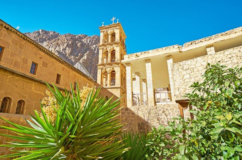 Stary dzwonkowy wierza St Catherine monaster, Synaj, Egipt zdjęcie royalty free