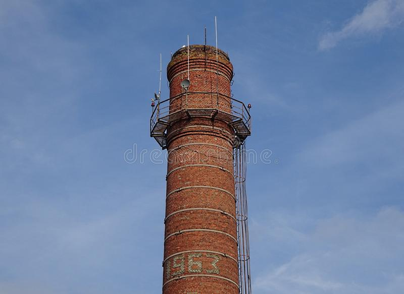 Stary Fabryczny Czerwonej cegły drymby tubki wierza Budować fotografia royalty free