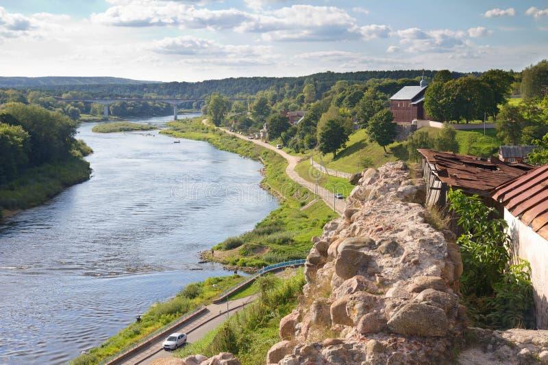 Stary forteca i rzeka fotografia stock