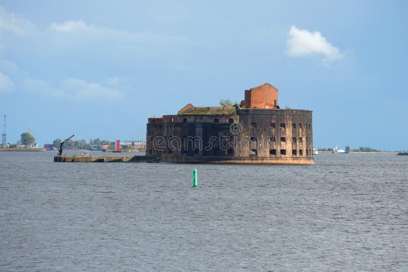 Stary fortu cesarz Aleksander Ja w zatoce Finlandia (dżuma) Kronstadt zdjęcia royalty free
