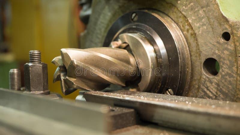 Stary geen mielenie maszynę, zbliżenie, metalworking zdjęcie stock