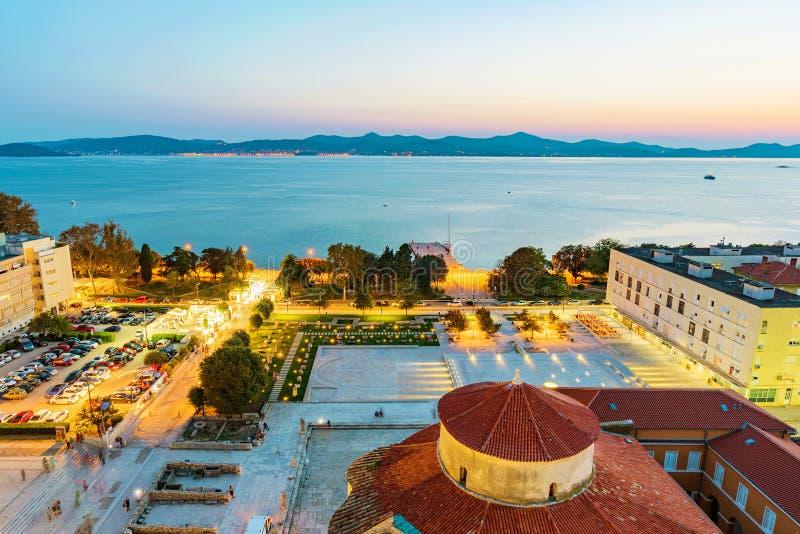 Stary grodzki Zadar w wieczór zdjęcie royalty free