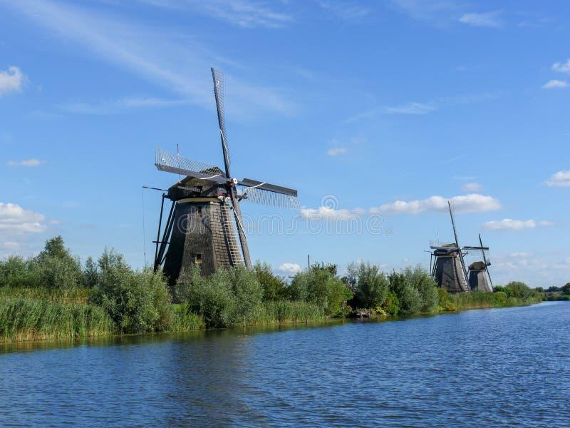 Stary Holenderski wiatraczek w pięknym strzale obraz royalty free