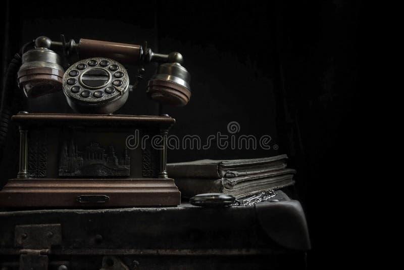 Stary kabla naziemnego telefon zdjęcie stock