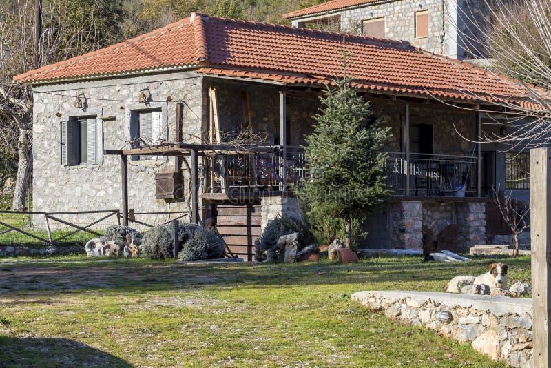 Stary, kamienia dom w górę obraz stock