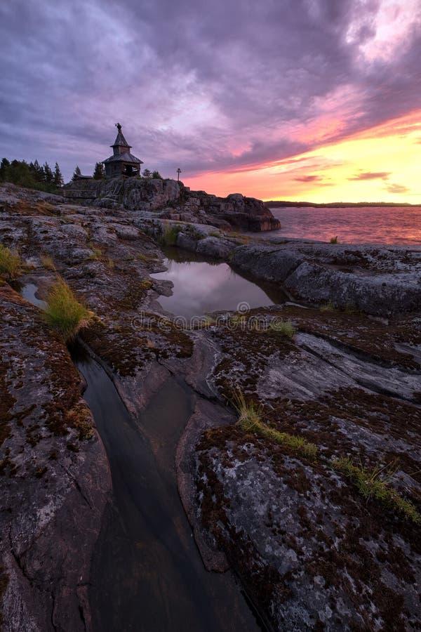 Stary kościół na wyspie obrazy royalty free