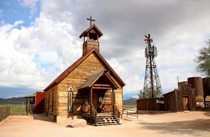 Stary kościół w Goldfield miasto widmo - Arizona, usa obrazy royalty free