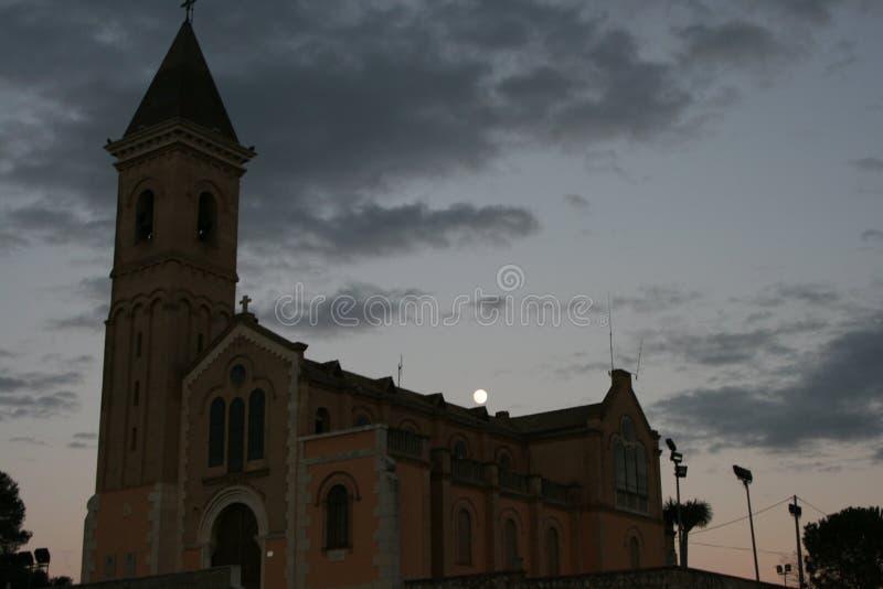 Stary kościół z nowiem zdjęcia stock