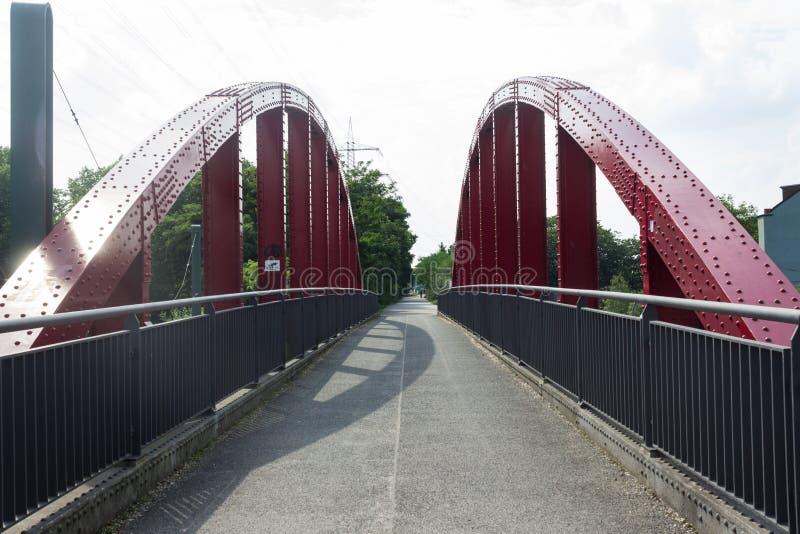 Stary kolejowy most dla bicykli/lów, teraz obrazy royalty free
