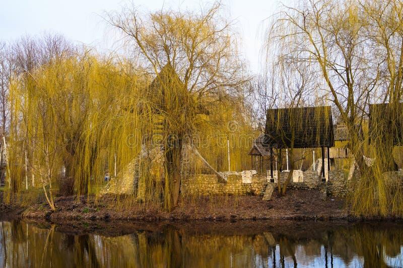 stary Kozacki forteca w Parkowym krajobrazie obrazy stock