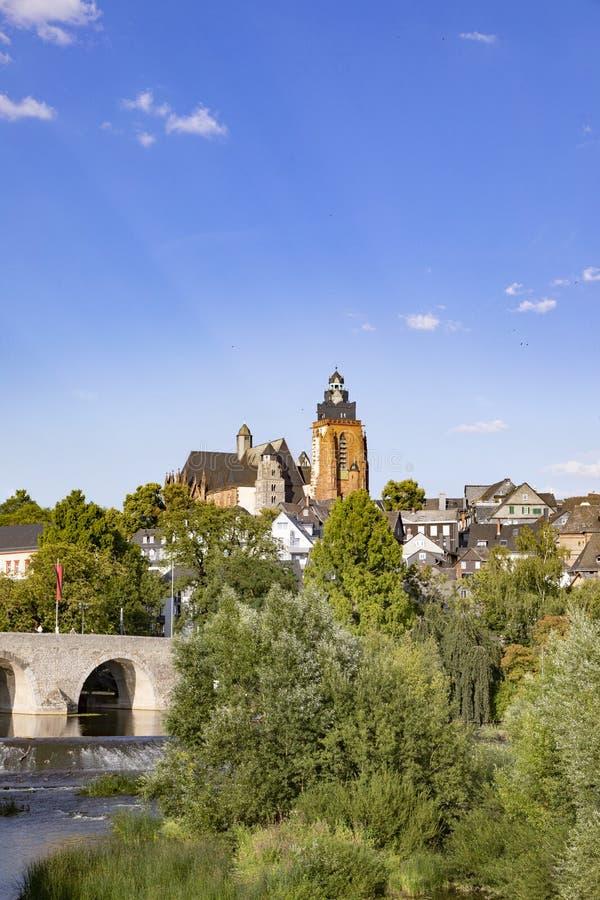 Stary lahn most, widok sławna kopuła Wetzlar i zdjęcia royalty free