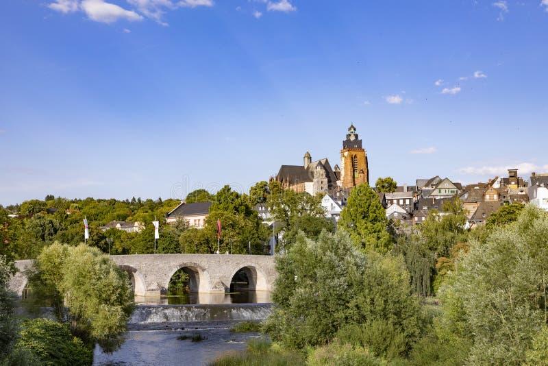 Stary lahn most, widok sławna kopuła Wetzlar i fotografia royalty free