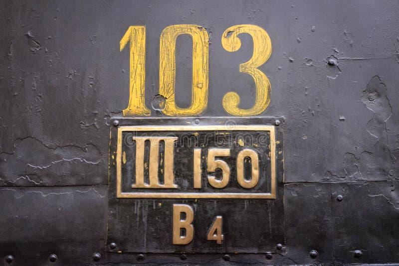 Stary linia kolejowa samochodu znak zdjęcie stock