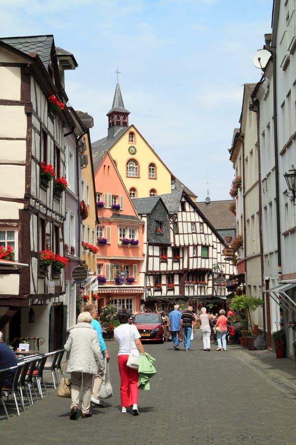 Stary mały miasto Bernkastel Kues w Niemcy zdjęcia stock