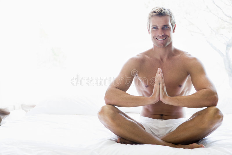 stary medytacji łóżka siedzieć obraz royalty free