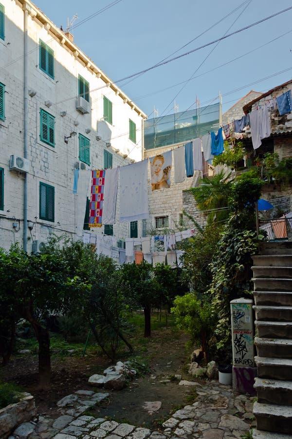 Stary miasteczko w roz?amu, Chorwacja obrazy royalty free