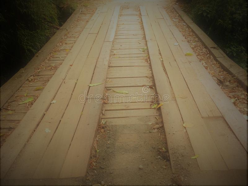 stary most we wnętrzu starego miasta obrazuje przechodzić uczucie i pomysł pokój i spokój obrazy stock