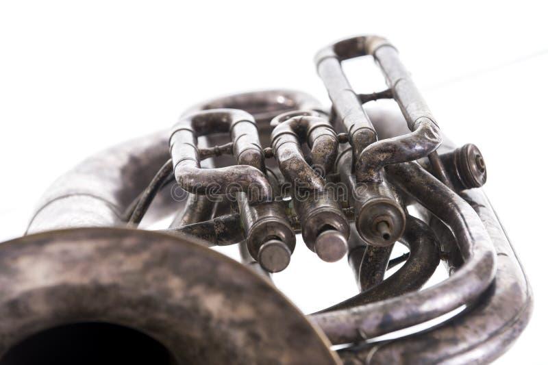 Stary muzykalny wiatrowy instrument na białym tle obrazy royalty free