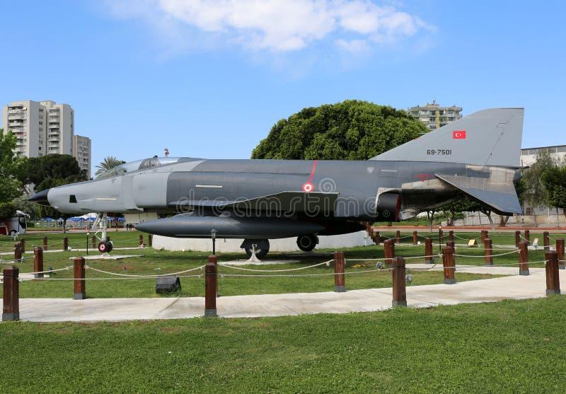 Stary myśliwiec na pokazie przy central park zdjęcia stock